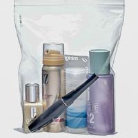 Pakkaa nesteet läpinäkyvään muovipussiin. Kuva: Finavia.